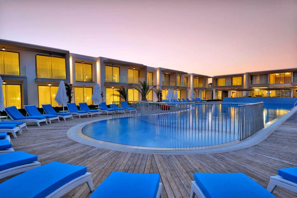 lugga boutique hotel beach 16