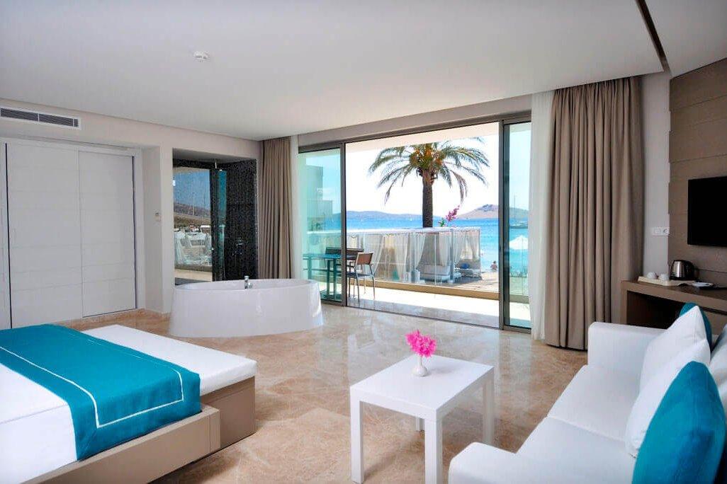lugga boutique hotel beach 24